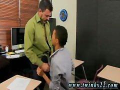 Teen boy sucking tube male showing bulge