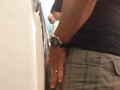 Caught - Married daddy pissing (Public bathroom)