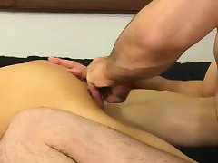 Amazing twinks Mike ties up and blindfolds the youthfull Spa