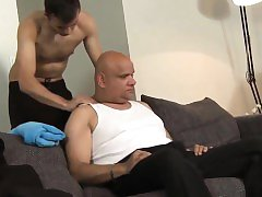 Euro amateur barebacked by older daddy