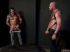 MenOver30 Hugh Hunter Dominates Daddy Matt Stevens