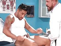 Hunk Doctor 1