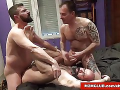 Horny Spaniards in a Threesome