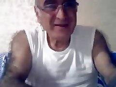 Old hairy turkish man jerking off on webcam