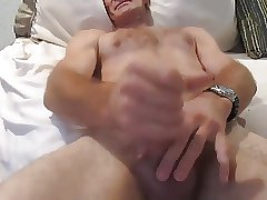 CUCKOLD STRAIGHT GUY USED BY MAN